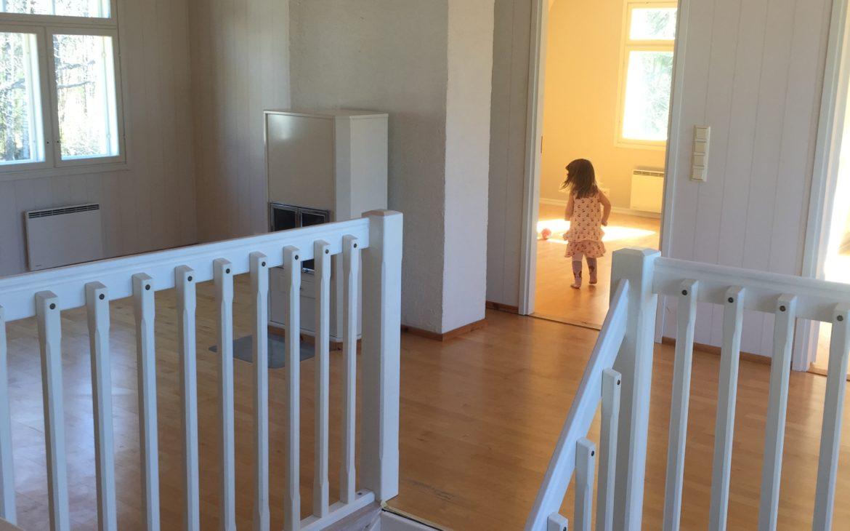 Elluyellow yläkerta