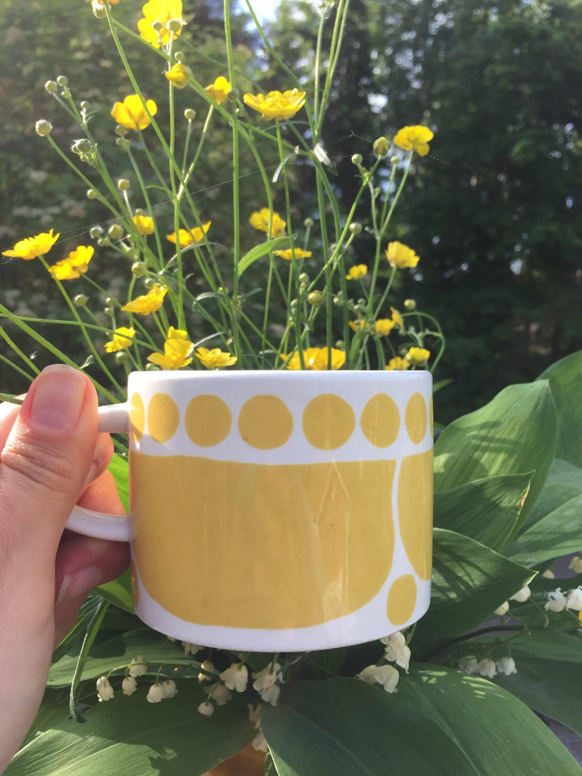 Elluyellow Arabia keltainen kahvikuppi Sunnuntai