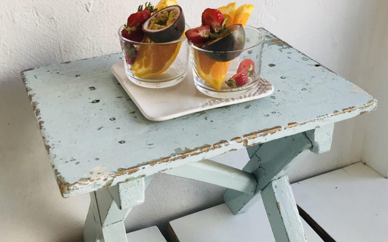 Elluyellow Gaggui kaffelan hedelmiä nauttimassa