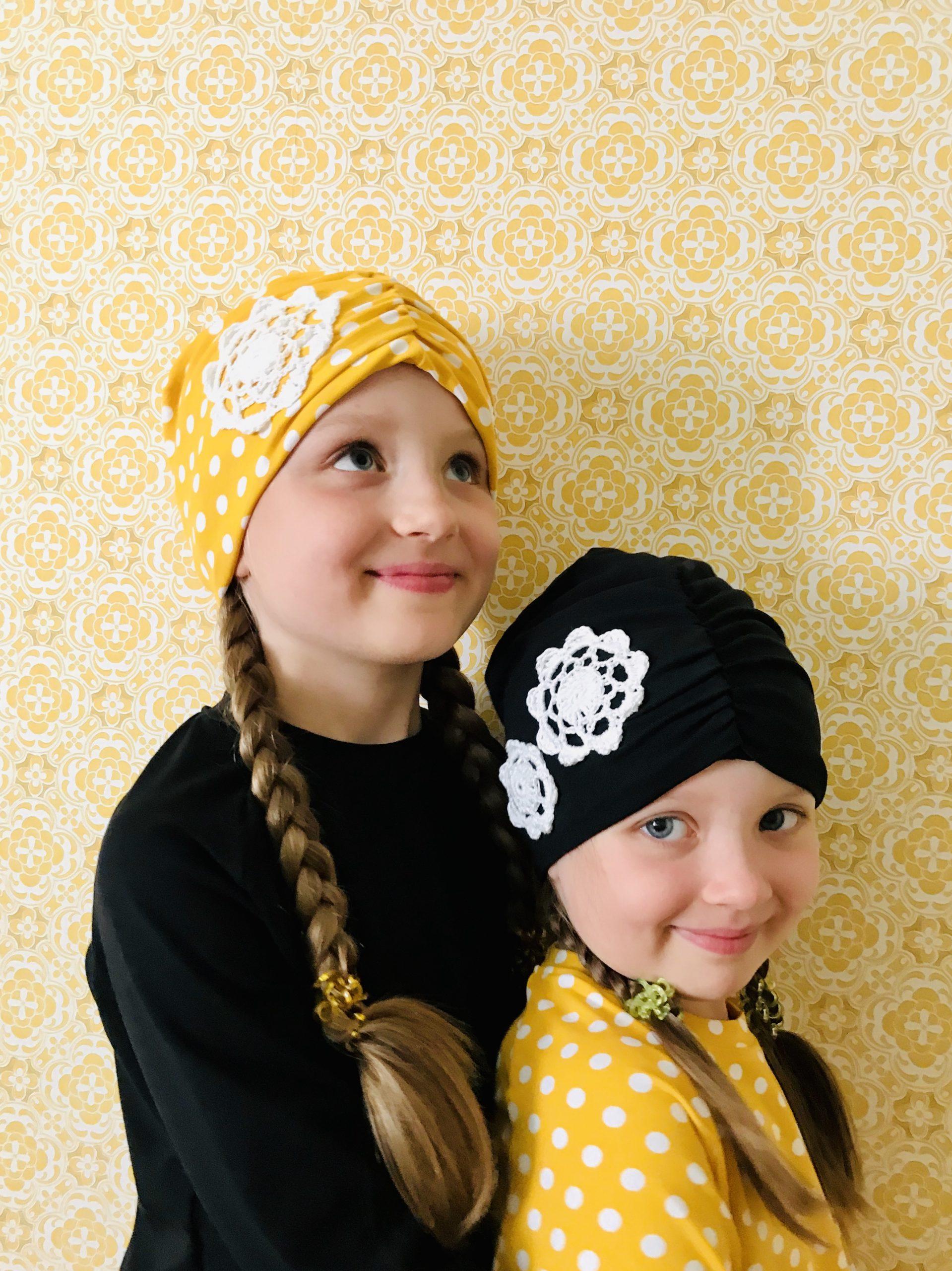 YellowQuun kotimaiset pipot Elluyellow'n tyttärillä