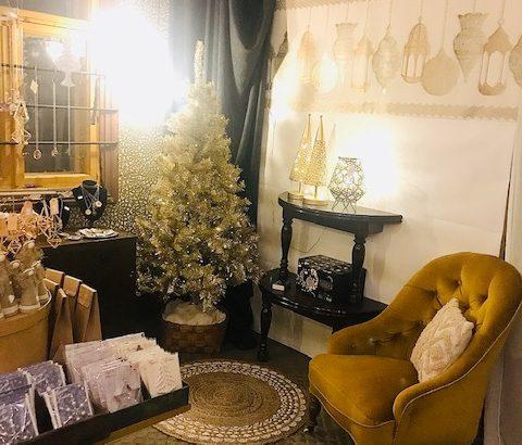 Elluyellow vierailemassa Tallipihan joulussa: keltainen sisustus